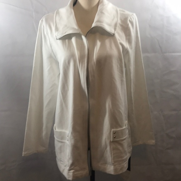 Karen Scott Jackets & Blazers - Karen Scott Sport White Jacket Pockets NWT